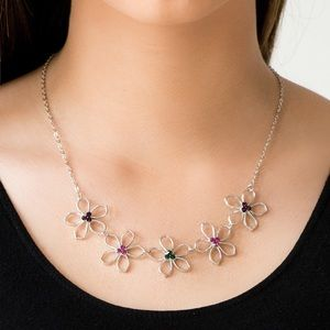 Paparazzi Hoppin' Hibiscus Necklace